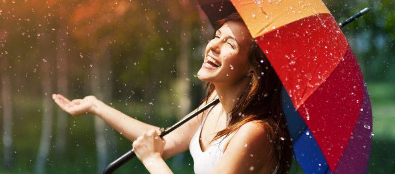 Monsoon Enjoying Life